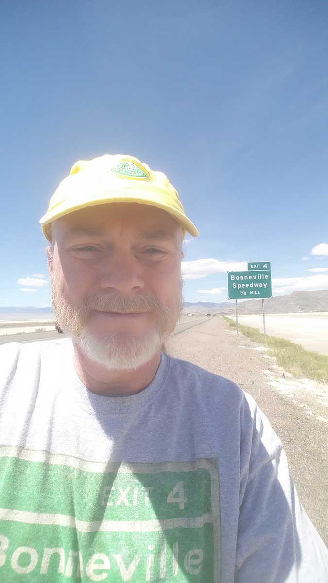 GERRY-AT-THE-BONNEVILLE-SALT-FLATS-06-17
