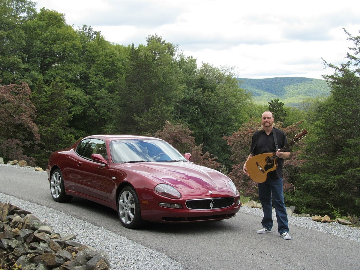 GERRY-MASERATI-&-GIANNINI-12-STRING-09-17-007
